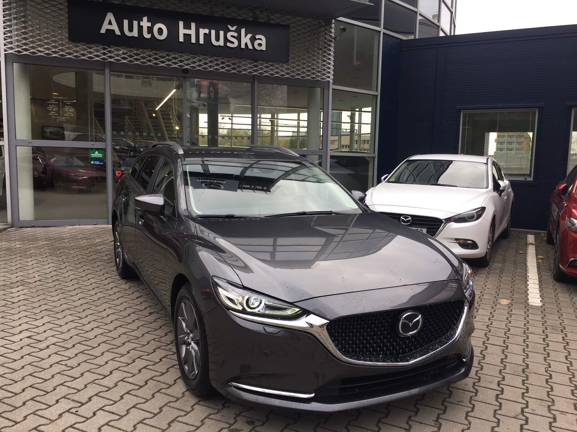 Mazda 6 WGN Attraction 2.5G 194k A/T + GPS navigace