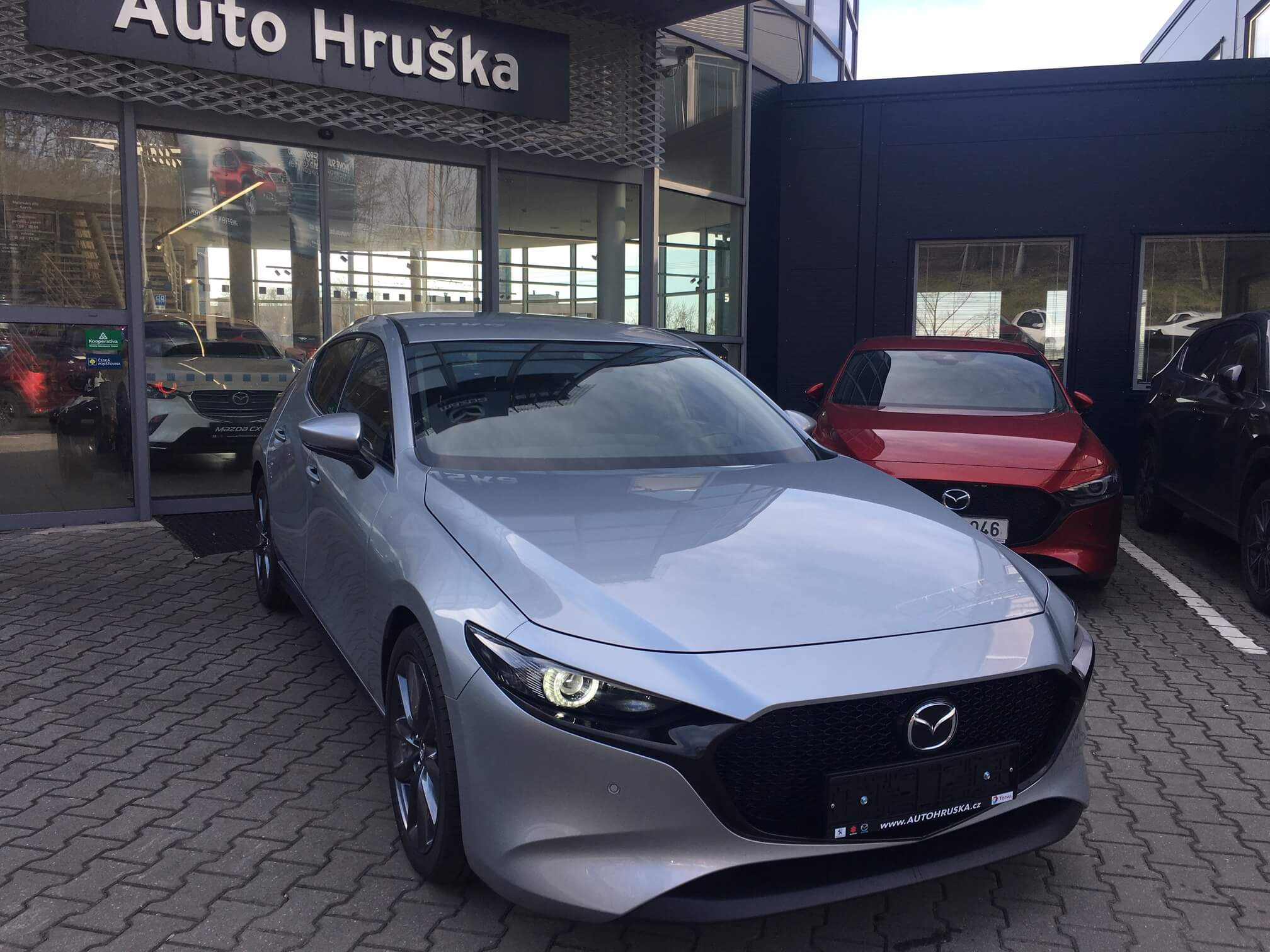 Mazda 3 2.0G MAN6 122k Plus/Safety/Sound/Style